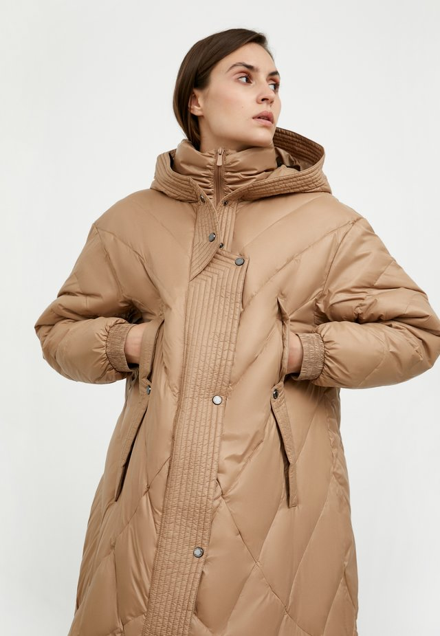 Down coat - beige
