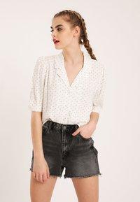 Pimkie - Button-down blouse - white - 0