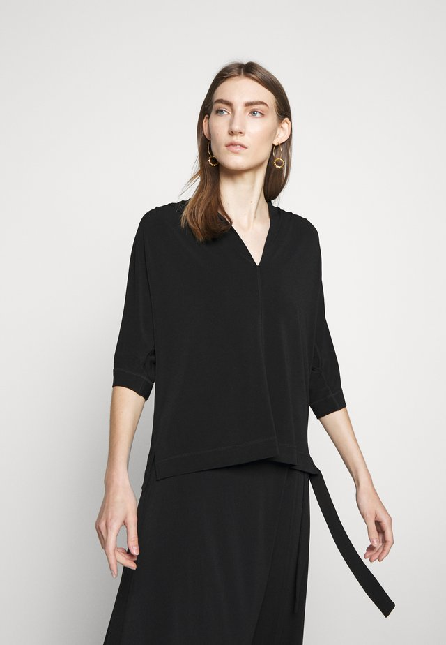 BIJANA - T-shirt à manches longues - black