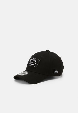 LONG BEACH  - Cap - black