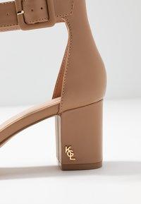 Kurt Geiger London - BURLINGTON - Classic heels - camel - 2