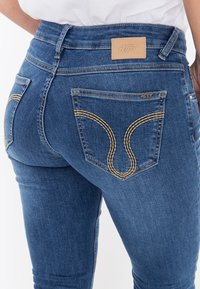 Amor, Trust & Truth - MIT ZIERS - Slim fit jeans - mittelblau - 5
