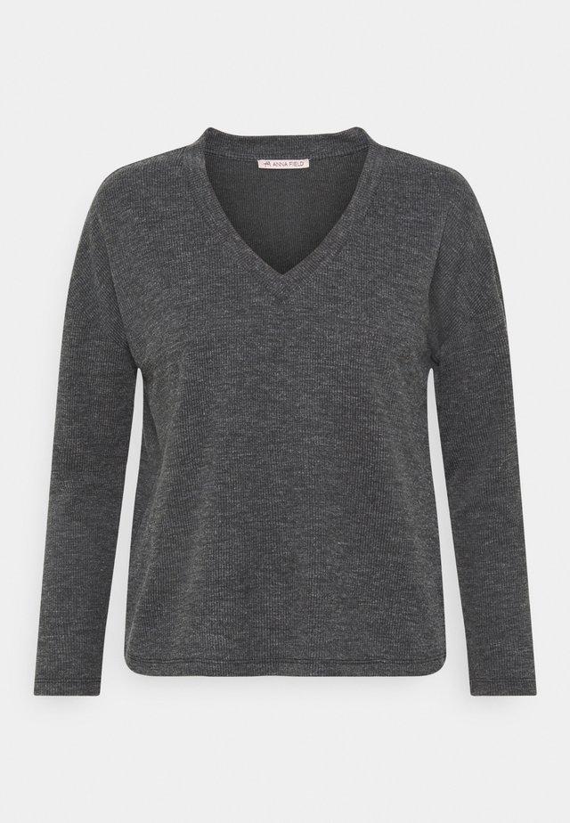Top sdlouhým rukávem - mottled grey
