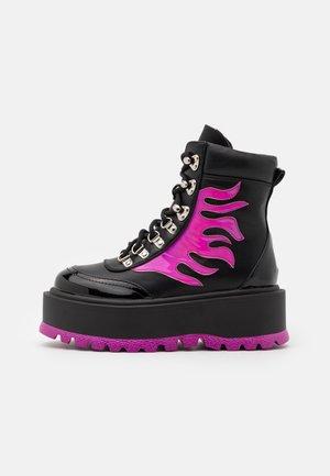VEGAN HELIOS - Platåstøvletter - pink
