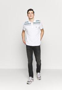 Lacoste - PH5101-00 - Polo shirt - white/navy blue/niagara blue - 1