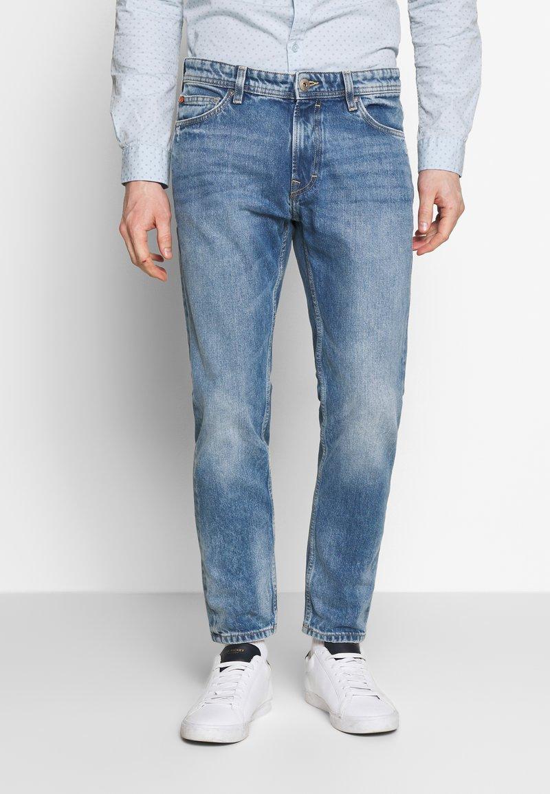 edc by Esprit - Slim fit jeans - blue light wash
