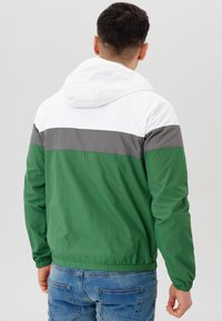 INDICODE JEANS - Windbreaker - fairy green - 2