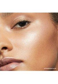 Bobbi Brown - BUDDING CHEEKS & LIPS SET - Makeup set - - - 5