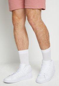 K-SWISS - COURT WINSTON MID - Sneakers hoog - white - 0