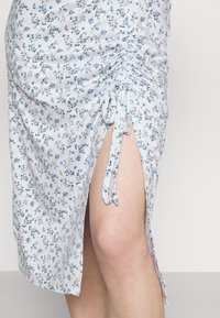 Hollister Co. - MIDI DRESS - Shift dress - white - 4
