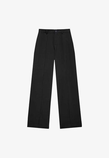REGULAR-FIT MIT ZIERNAHT VORNE - Trousers - black