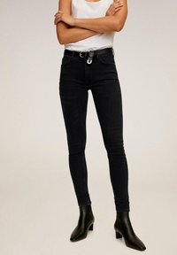 Mango - KIM - Jeansy Skinny Fit - black denim - 0