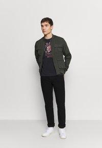 Schott - Print T-shirt - black - 1