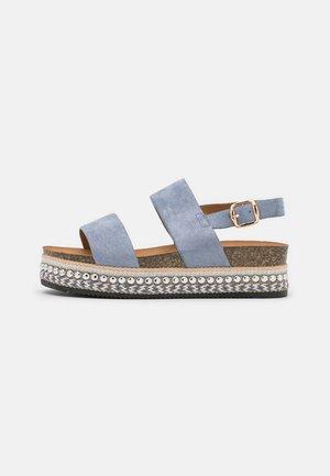 Sandály na platformě - blue