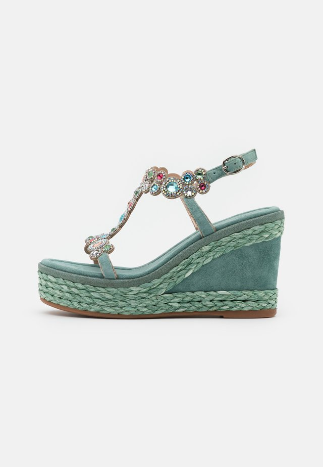 Sandalias con plataforma - mint