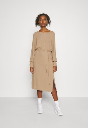 Jumper dress - natural