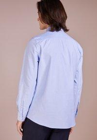 Filippa K - TIM OXFORD SHIRT - Košile - light blue - 2