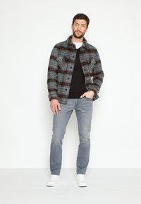 TOM TAILOR - JOSH - Straight leg jeans - grey denim - 1