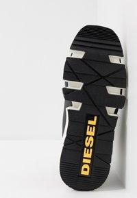 Diesel - H-PADOLA HIGH SOCK - High-top trainers - black - 4