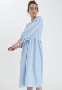 ICHI - IXLOVA DR - Day dress - cashmere blue - 0