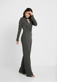 Fashion Union Petite - LURA - Jumpsuit - silvery - 1