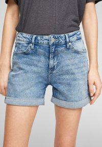 QS by s.Oliver - Denim shorts - light blue - 4