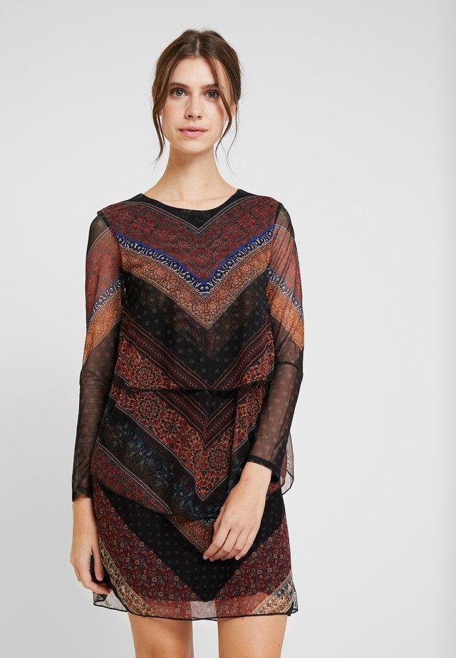 VEST OCRIDA - Day dress - fresa