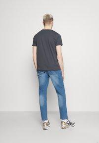 Newport Bay Sailing Club - Straight leg jeans - light wash - 2