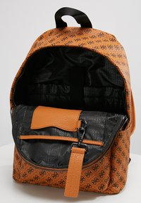 Guess - CITY LOGO BACKPACK - Rucksack - orange - 4