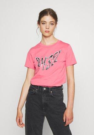 T-SILY-K2 - Print T-shirt - pink