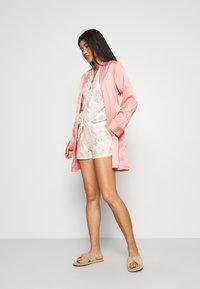Etam - ALLY SHORT - Bas de pyjama - rose - 1