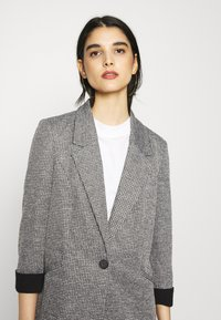 Vero Moda - VMCHECK 3/4 LONG - Krátký kabát - dark grey melange - 3