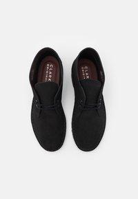 Clarks Originals - DESERT BOOT - Stringate sportive - black - 3