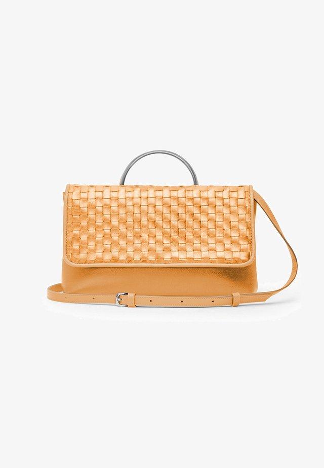 CHESS - Handbag - peach