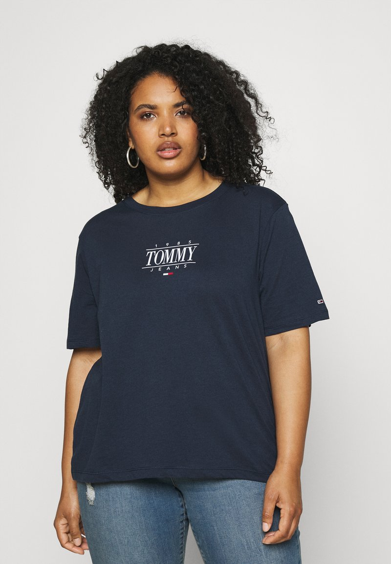 Tommy Jeans Curve - ESSENTIAL LOGO TEE - Print T-shirt - twilight navy