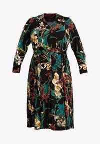 Dorothy Perkins Curve - FORMAL DRESS FLORAL - Jerseykjoler - black - 5