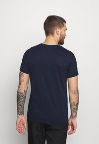 Lacoste Sport - T-shirt med print - navy blue/black - 2