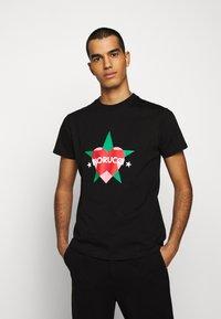 Fiorucci - STAR AND HEART TEE  - Print T-shirt - black - 0