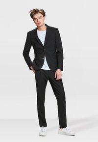 WE Fashion - DALI - Jakkesæt blazere - black - 1