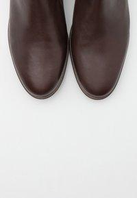 Apple of Eden - MANON - Kotníková obuv - dark brown - 5