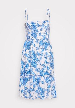 JDYSTARR LIFE STRAP SMOCK DRESS - Vapaa-ajan mekko - cloud dancer/princess blue flower