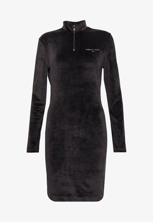 MOCK NECK DRESS - Denní šaty - black