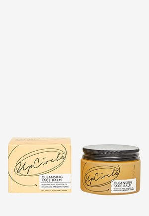 CLEANSING FACE BALM WITH APRICOT POWDER - Cleanser - -