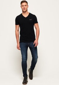 Superdry - VINTAGE  - T-shirt basic - black - 1