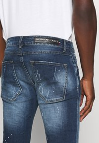 Alessandro Zavetti - RIMNI CARROT - Jeans Tapered Fit - blue wash - 4