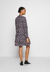 Envii - ENSALSA DRESS  - Kjole - winter fleur - 2