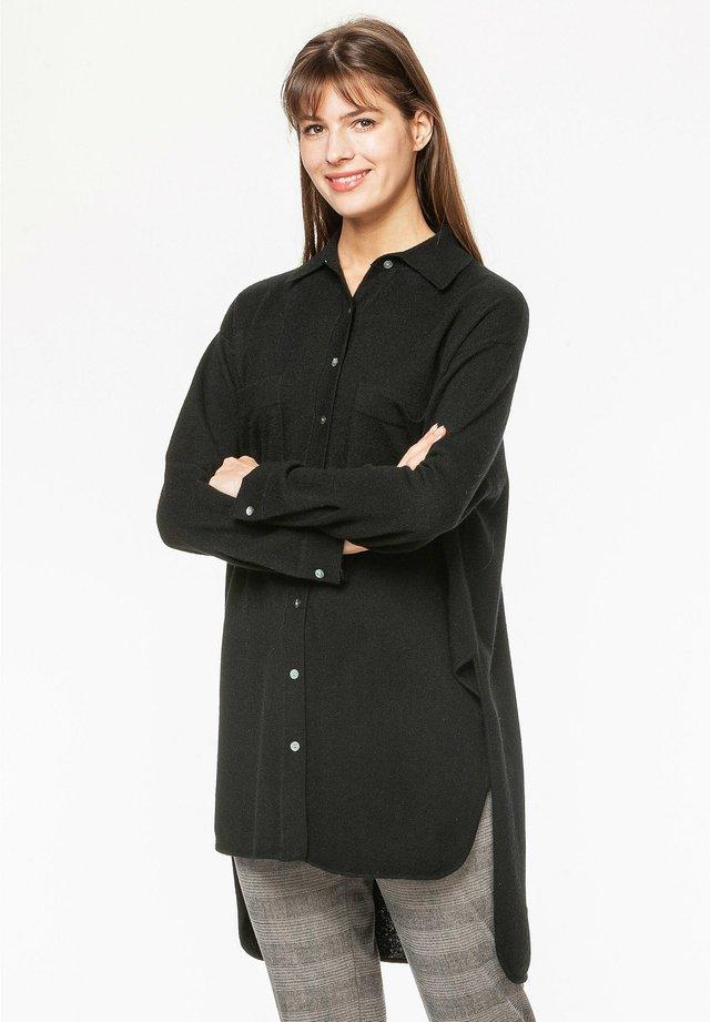 Button-down blouse - jet set