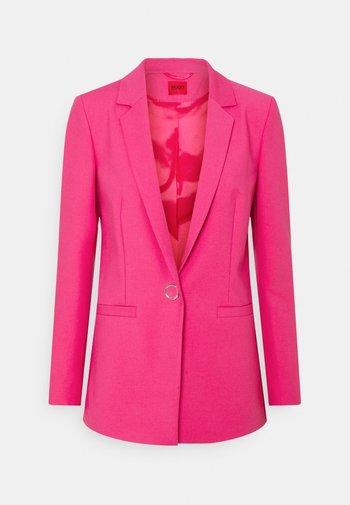 ALINJA DOUBLE - Short coat - bright pink