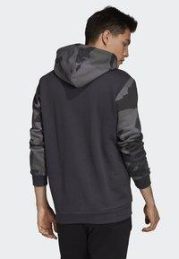 adidas Originals - CAMOUFLAGE HOODIE - Hoodie - grey - 1