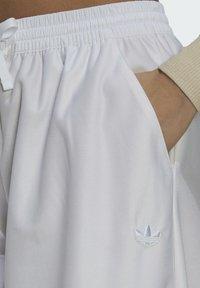 adidas Originals - Pantalones - white - 3
